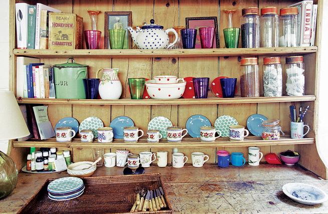 Mesa nem a v fazia for Objetos para decorar cocinas